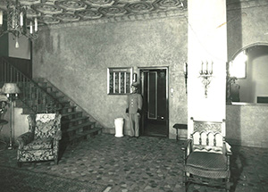 Tower Grove Manor History
